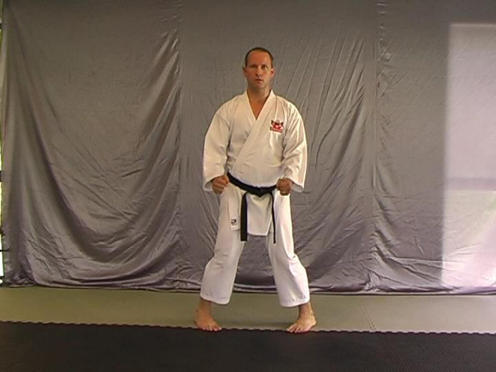 Uchi%20Mata%20Dachi%20Photo.jpg